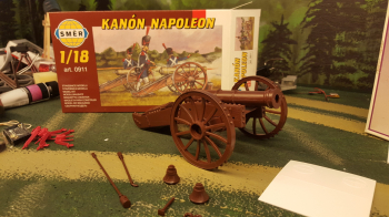 And now something entirely different ... a 1/18 scale cannon from the late 1700´s, early 1800 .. I have a load of figures also somewhere, will be fun painting these.