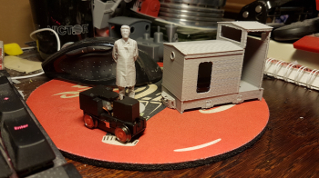My Keef loco was finished printing this morning. Unfortunately I am becoming increasingly hesitant to continue using my Dremel for scale models. It is still perfect for gadgets and for example my sleepers (which require PLA which is a bit more flexible...